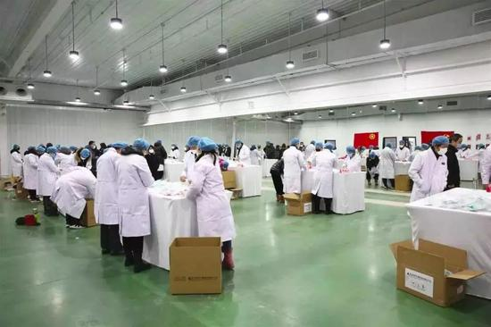 Beijing mask companies speed up production