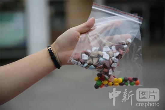 """▲(原料图)""""糖果""""毒品。中新社发 张进刚 摄"""