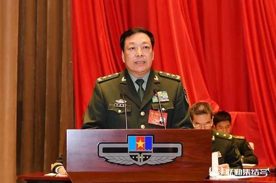 火箭军政委徐忠波晋升上将