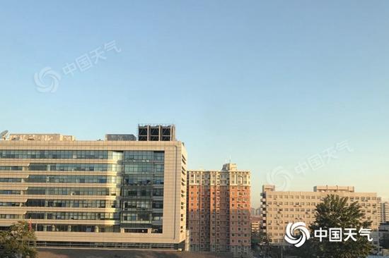 今晨,北京清明一连。