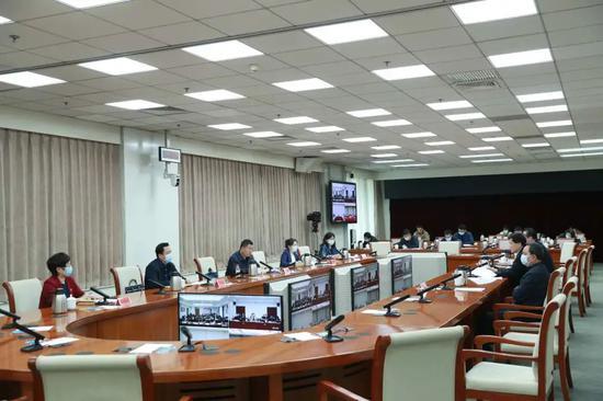 雨雪之中众志成城—天津滨海新区全员核酸检测见闻