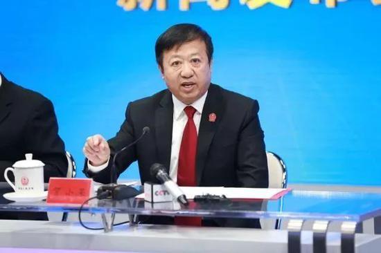 贺小荣任最高法副院长