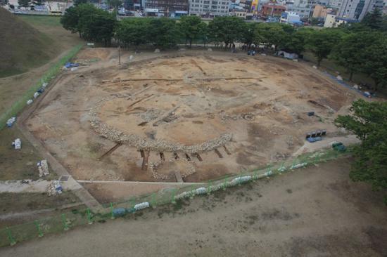 韩国新罗时代考古现场(韩联社)
