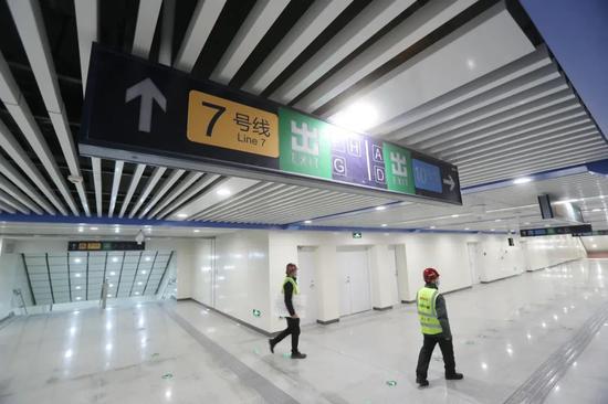 双井站改造工程已竣工检验完结,工程已进入注册前预备阶段,将于年末完结全功用换乘。新京报记者 王贵彬 摄