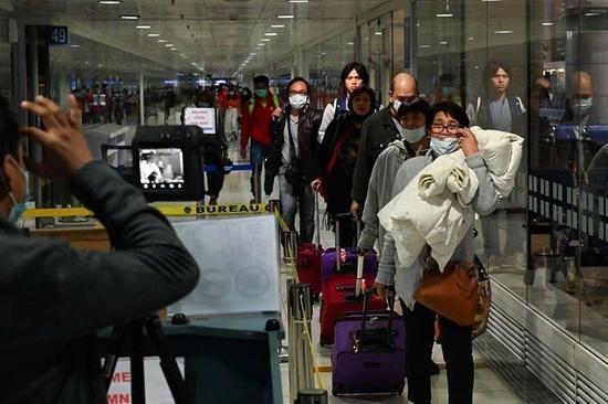 菲律宾禁止来自20个国家和地区的旅客入境