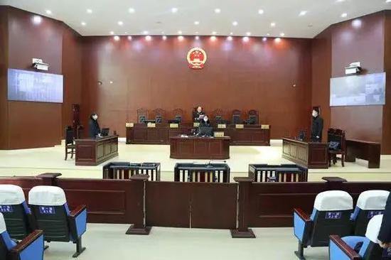 2020年12月,无为市人民法院通过远程视频方式对刘建邺受贿案一审公开宣判。(来源:无为市人民法院微信公众号)