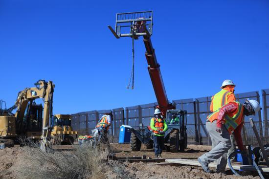 美政府仍在美墨边境征地 美媒:或将继续修建隔离墙