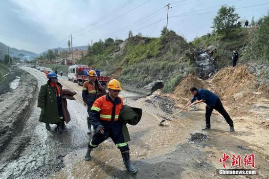 山西代县铁矿事故13名矿工遇难 13名嫌疑人被刑拘