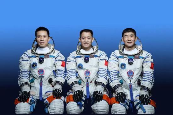 57岁聂海胜第三次出征太空 曾妙答CNN记者尖锐提问