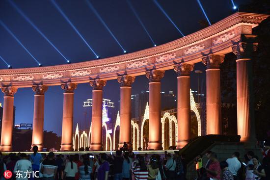 中山古镇灯光文化节 。图片来源:东方IC