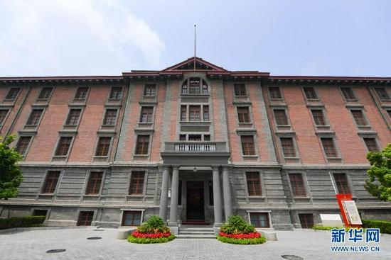 这是6月26日拍摄的修葺一新的北大红楼。新华社记者 谢晗 摄