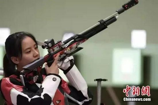 比赛中的王璐瑶(图源:中新网)