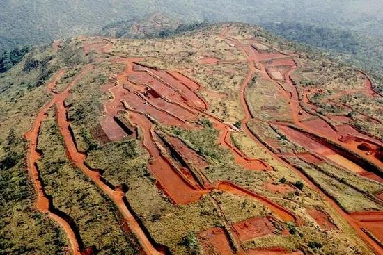 几内亚西芒杜矿山