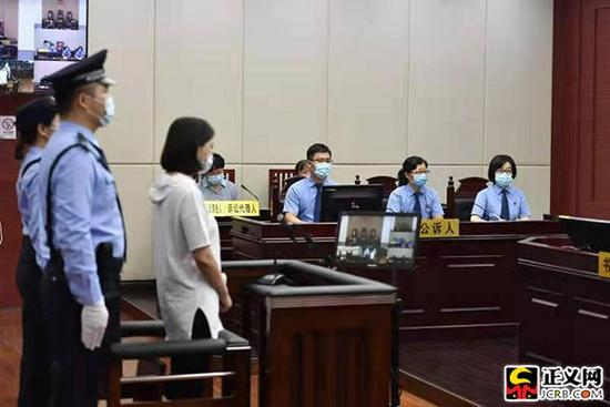 9月9日,江西省南昌市检察院派员出庭支持公诉。王小文 洪放 刘彤彤 摄