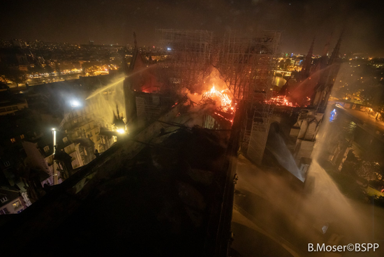 图自巴黎消防局