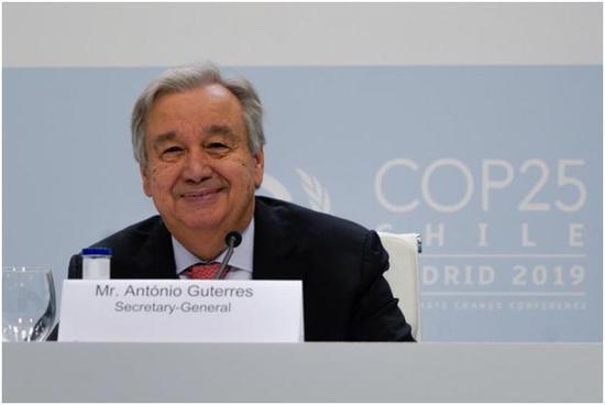 ▲聯合國秘書長古特雷斯在第25屆聯合國氣候變化大會前舉辦的新聞發布會上發表講話(圖源:聯合國新聞)