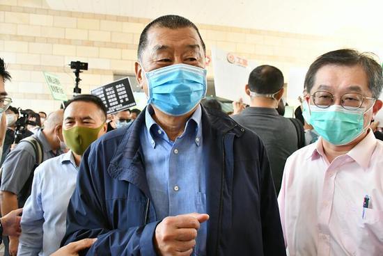 5月18日下午黎智英抵达香港西九龙法院 (香港商报)