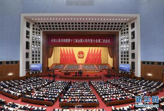 3月5日,第十三届全国人民代表大会第二次会议在北京人民大会堂开幕。(新华社记者 张领 摄)