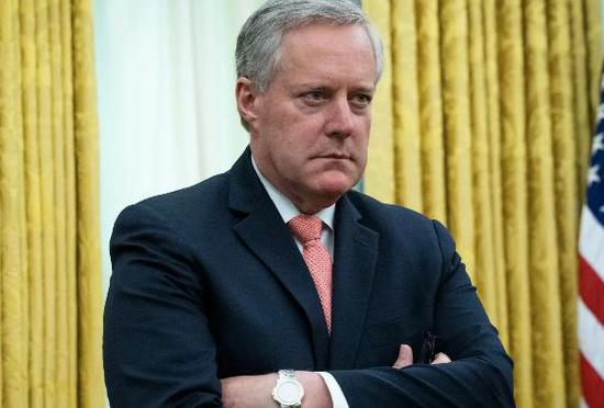 美媒:白宫幕僚长感染新冠病毒 曾拒戴口罩接受采访