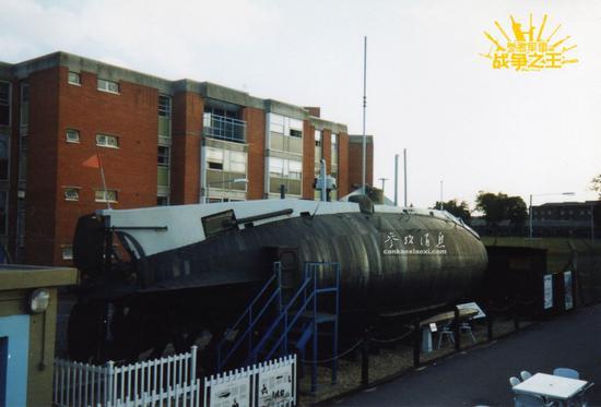 """▲资料图片:英国的""""霍兰""""1号潜艇,摄于1991年。"""