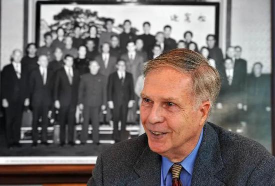 美国前驻华大使洛德追忆50年前随基辛格秘密访华
