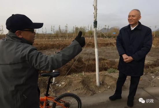 村民为水系治理点赞也提出建议