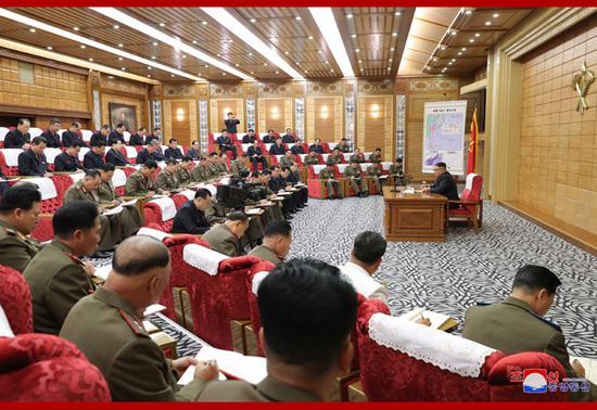 6日,朝鲜召开劳动党中央军事委员会紧急扩大会议(朝中社)