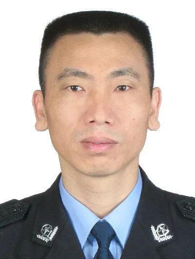 """省会公安局副局长主动投案 曾号称""""神探""""(图)"""