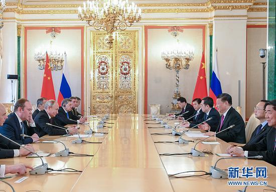 6月5日,国家主席习近平在莫斯科克里姆林宫同俄罗斯总统普京会谈。 新华社记者 谢环驰 摄