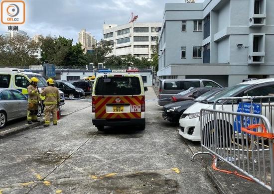 香港上水警署又遭暴徒扔汽油彈 兩個月內第四次圖片