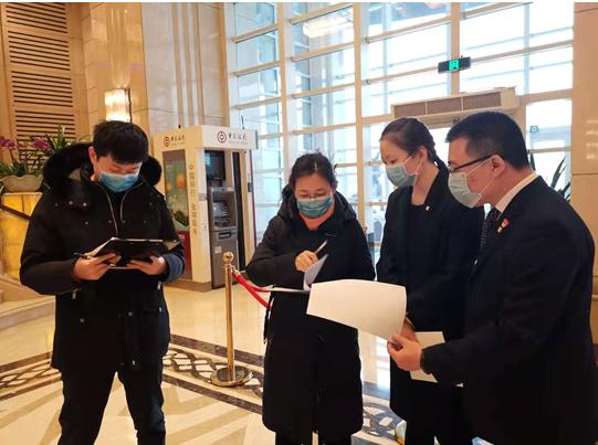 """疫情中的武汉水车站:出了""""九省通衢""""的繁华繁荣"""