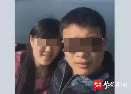 姚海(化名,右)与林小娟(化名)
