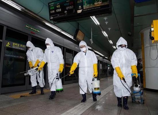 筛查体温限制出入!美军严防新冠病毒进入海外基地
