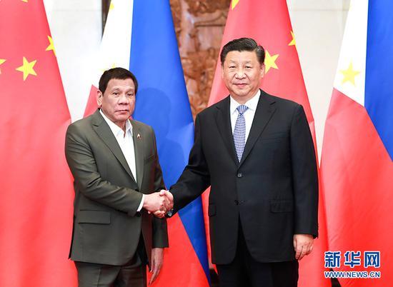 8月29日晚,国家主席习近平在北京钓鱼台国宾馆会见菲律宾总统杜特尔特。 新华社记者 庞兴雷 摄