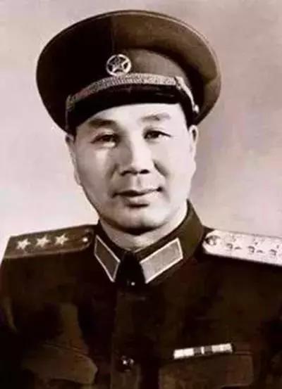 (图为杨成武上将)