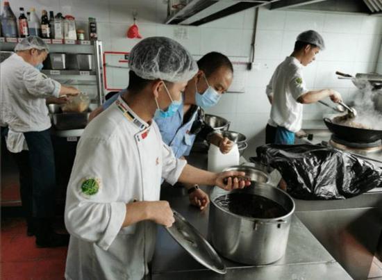内政部:中国经济出现逐渐回稳态势,对天下经济是利好音讯
