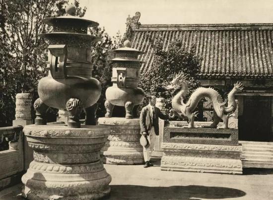 颐和园铜器龙