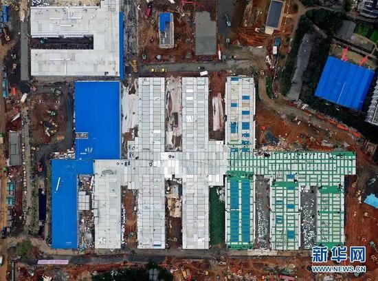 2月2日无人机拍摄的火神山医院(图源:新华社)