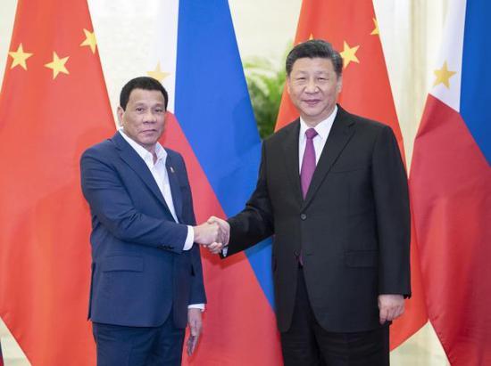习大大会见菲律宾总统杜特尔特