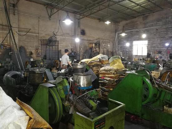 第二次作案前,覃志钢隐姓埋名在陆丰市甲子镇一家五金厂做杂工。澎湃讯息记者 朱远祥 摄
