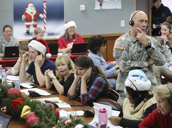 """北美防空司令部执行""""神秘任务"""":追踪圣诞老人"""