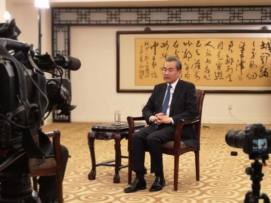 国务委员兼表交部长王毅