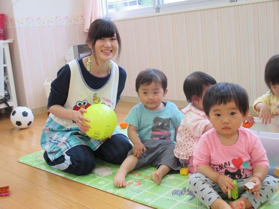 在幼儿园里的日本儿童。(日本埼玉县虹之星幼儿园)