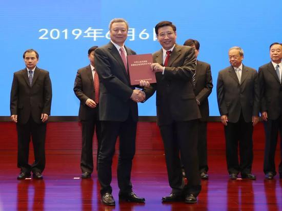中国联通获得5G牌照 图片来源:中国联通供图