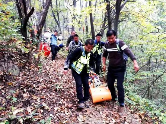 2018年10月,秦岭声援祥峪受伤登山者