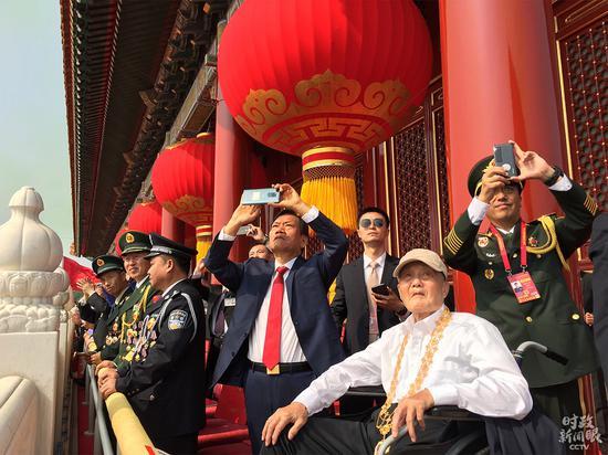 王毅同印度外长举行会谈 就克什米尔问题表明立场
