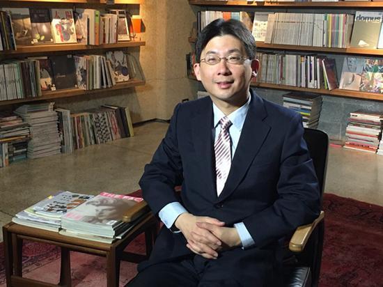 斯坦福大学胡佛档案馆研究员、档案东亚部主任林孝庭于11月6日晚接受了观察者网的采访(@林先生本人供图)
