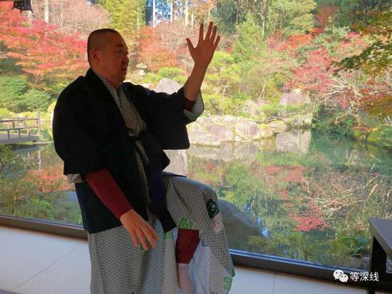 许振东在日本留影图片来自网络