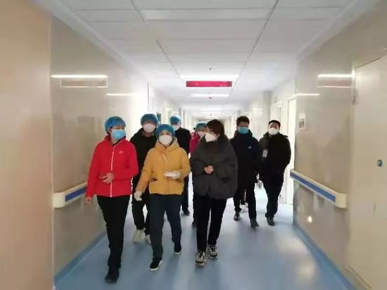 """黄冈紧急启用黄冈版""""小汤山医院""""——大别山区域医疗中心。图/受访者提供"""