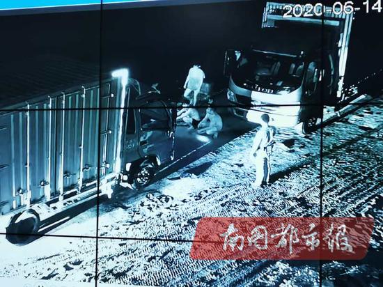 黑龙江4岁女童疑遭继母殴打昏迷 知情人士:孩子长期被打